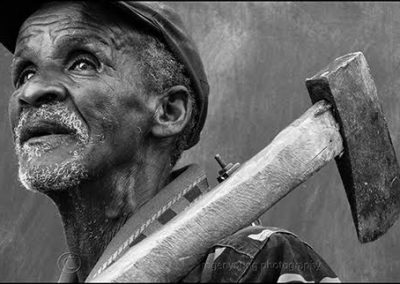 Roger Young, Kiewiet with Axe, photograph, 660 x 430mm, R8700 (f), R7100 (uf)