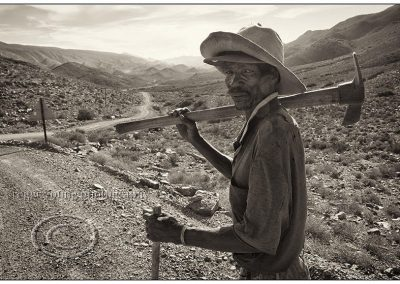 Roger Young, Long Road Home, photograph, 630 x 430mm, R8700 (f), R7100 (uf)